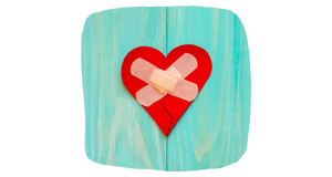 לב עם פלסטר